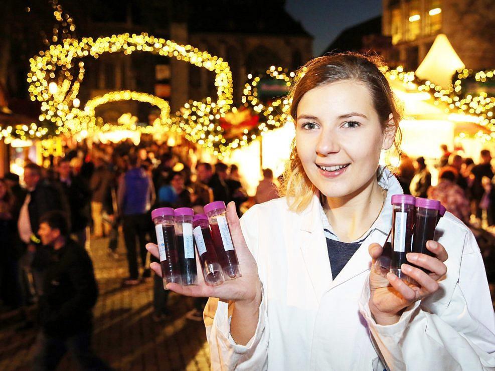 Weihnachtsmarkt Glühweintest